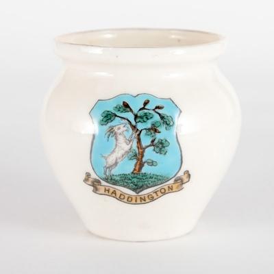 Souvenir, model of Roman pot; W.H. Goss; 1902; RX.2018.32