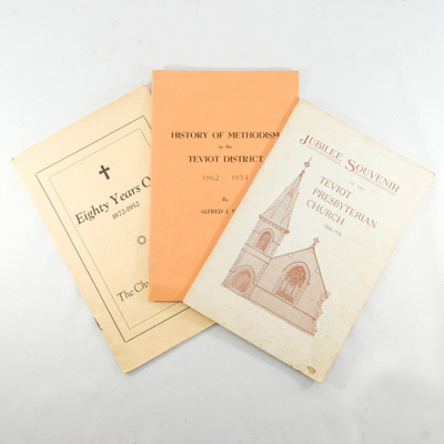 Booklets, 3 souvenir booklets on Teviot Valley Churches; unknown author; ?; RX.2018.64