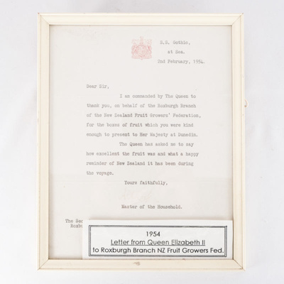 letter of thanks from HRM Queen Elizabeth II; unknown maker; 1954; RX.2018.44