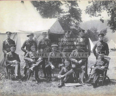 OXFYT:654 Photograph of officers from the QOOH and other regiments, featuring Winston Churchill.; 1900; OXFYT:654