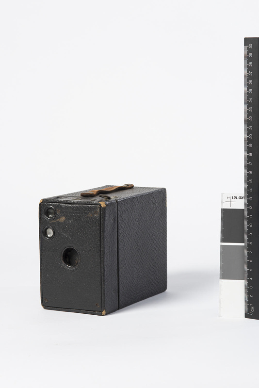 Box Brownie Camera Eastman Kodak Company C 1902 1980 749 On Ehive