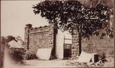 Black Rock House. Main gates; 1914; P1357