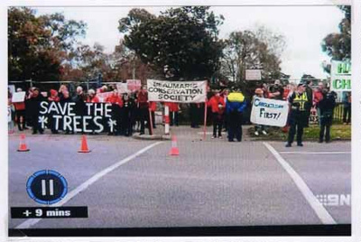 Save 229 Trees demonstration at the site of Sandringham College, Beaumaris Campus; Channel 9; 2016 Oct. 24; P12128
