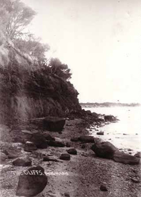 The cliffs, Beaumaris; R.W.P.; 1907/1908; P4707